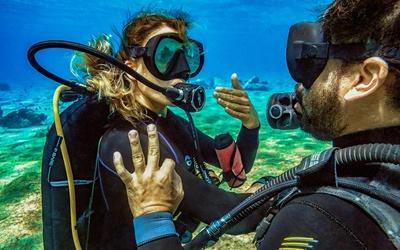 diving instruction